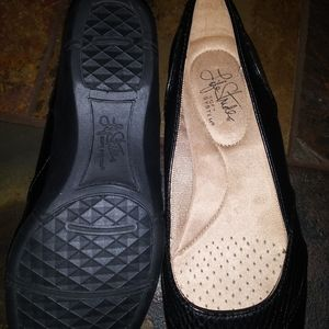 Life Stride Shoes - Lady's Life Stride Flats/Dress shoes